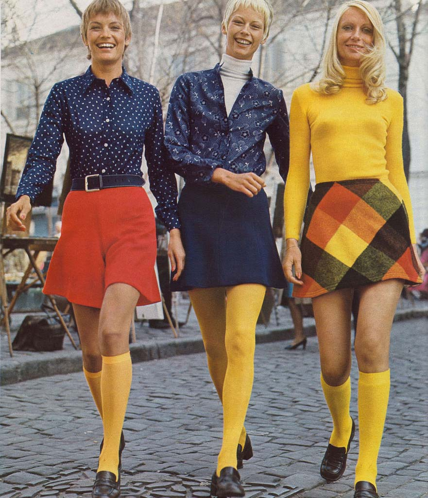 fashion in the 1970s The 1970s introduced fashion ideas and trends that eventually became staple wardrobe items these designs, such as the wrap dress and pants suit, were made popular by designers the 1970s introduced fashion ideas and trends that eventually became staple wardrobe items.